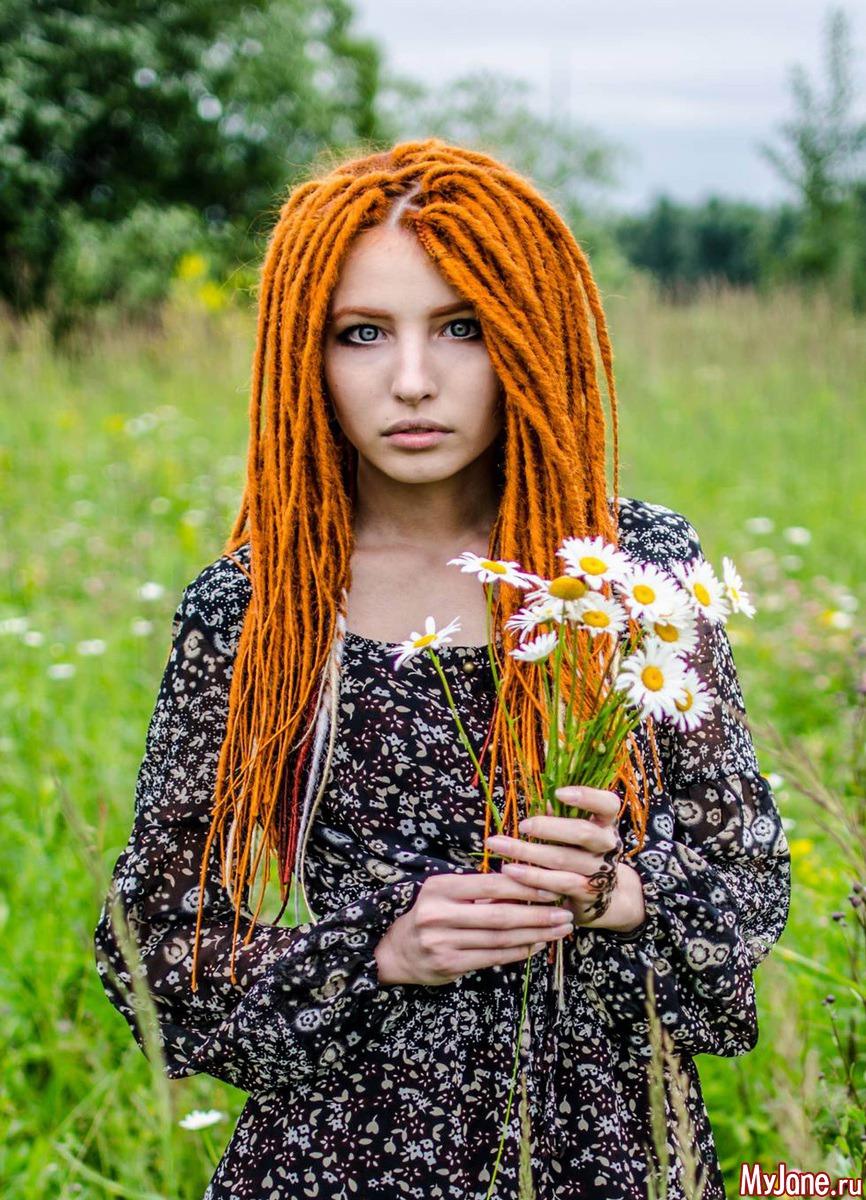 Фото девушка с де дредами