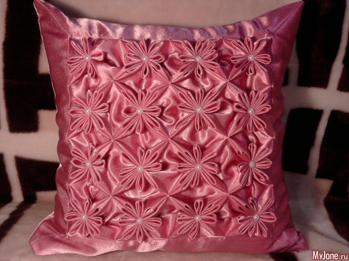 100 лучших идей: декоративные подушки своими руками на фото 82