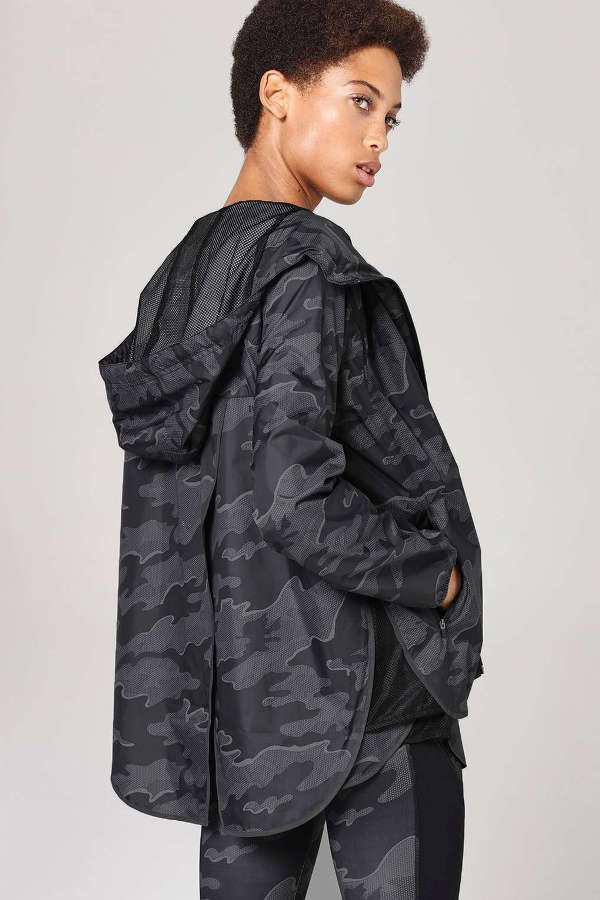 Куртки женские осенние
