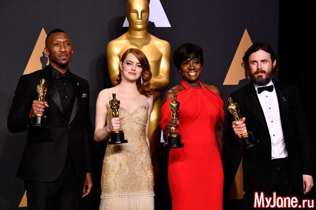«Ла-Ла Ленд» нестал лучшим фильмом года поверсии киноакадемиков «Оскар»