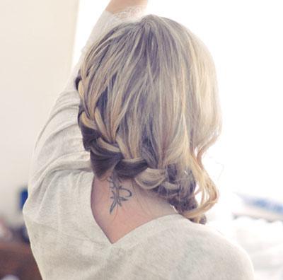 Вечерняя прическа для длинных волос