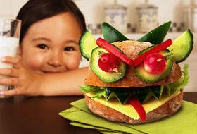 Как быть, если ребенок терпеть не может новые фрукты и плоды?