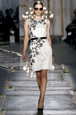 модные платья 2012 с защипами бурда.  1.