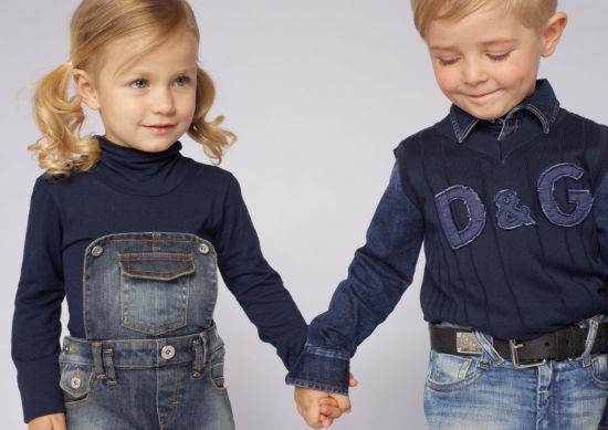 Детская мода 2012.  На фото модная детская одежда Dolce&Gabbana.