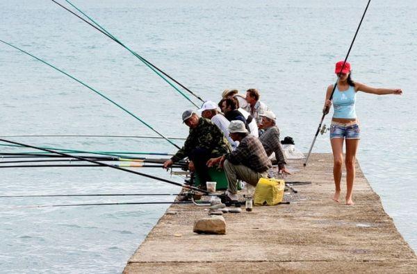 fishgirl1.jpg