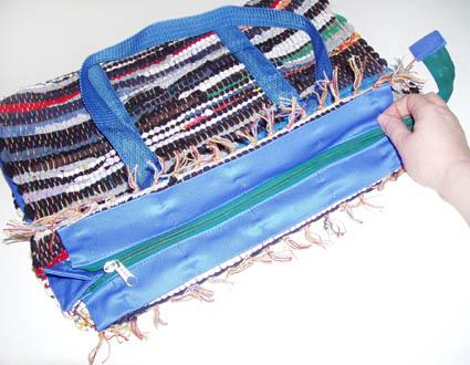 6. Сшить сумку можно на швейной машине, прошивая швы 2-3 раза для...