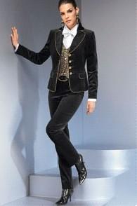 Коко Шанель подарила женщинам этот стиль в одежде.