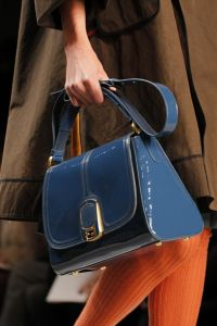 ...какие же сумки будут самыми модными и стильными этой осенью и зимой.