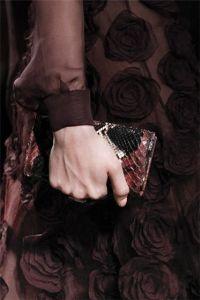 Valentino. сумки. женские аксессуары. мода осень 2011.