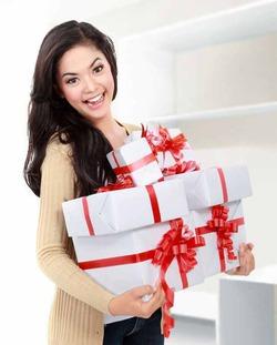 Похудеть перед Новым годом поможет шопинг!