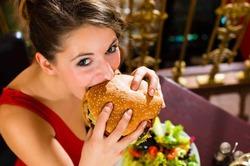 Питание фастфудом необратимо ухудшает память