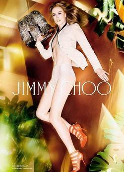 Николь Кидман топлесс прорекламировала обувь