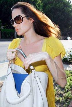 Анджелина Джоли решилась на пластическую операцию