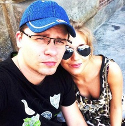Гарик Харламов – двоежёнец?
