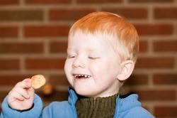 Чипсы влияют на развитие мозга у детей
