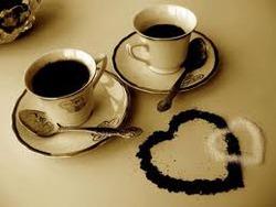 Терпкий запах молотого кофе