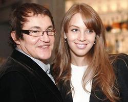 Беременная жена Дмитрия Диброва готова сняться обнажённой