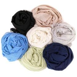 Кладовая шарфиков Европы