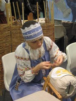 XV юбилейная выставка-ярмарка народных художественных промыслов России «ЛАДЬЯ. ЗИМНЯЯ СКАЗКА – 2013»