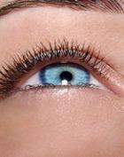 Неженка по призванию: кожа вокруг глаз