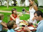 Семейный праздник, домашнее застолье или ресторан?