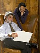 Подхалимаж на работе, или Как завоёвывается любовь начальства