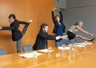 Разминка в офисе: упражнения для рук