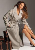 Предмет весеннего гардероба – женский плащ