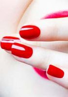 Shellac: стойкое покрытие для ногтей на две отпускные недели