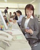 Чем себя занять в офисе?  Самые популярные способы отлынивания от работы