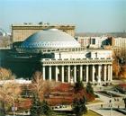 Новосибирский Оперный театр больше Большого