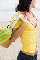 В Малайзии изобретена первая в мире женская сумочка с защитой от кражи