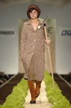 На прошедшей RFW  марка INSHADE представила новую коллекцию на сезон осень-зима 2006-2007