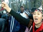 Киргизская оппозиция сама прокормит родственников президента