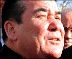 Туркменбаши умер, теперь его закопают 24 декабря