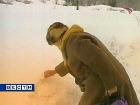 Желтый снег признан нетоксичным, но использовать его для приготовления воды и находиться на нем не рекомендовано