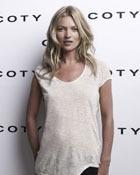 Кейт Мосс (Kate Moss) заключила контракт с Coty о выпуске своего первого аромата
