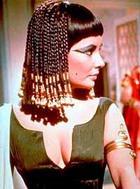 Была ли Клеопатра похожа на Тэйлор?