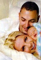 Кевин Федерлайн тоже побрился наголо - чтобы поддержать Бритни Спирс