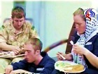 Иранское телевидение показало видеозапись задержания британских моряков