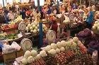 Россия избавляется от иностранных торговцев на рынках