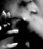Табачный дым окутал Россию