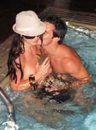 Приключения Бритни в бассейне