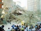 В Баку рухнула строящаяся высотка