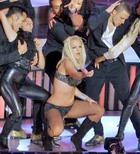 Почему Бритни Спирс плохо выступила?