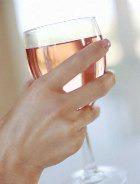 Ежедневное употребление спиртного плохо заканчивается для женщин