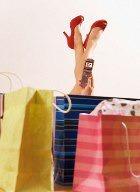 Женщине гантели ни к чему – у неё на плече дамская сумочка!