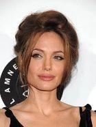 Равнение на Анджелину Джоли – самую уважаемую знаменитость года