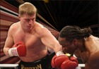 Российский боксер Александр Поветкин получил право на бой против Кличко за чемпионский титул