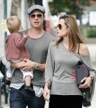 Дочери Анджелины Джоли и Брэда Питта угрожают